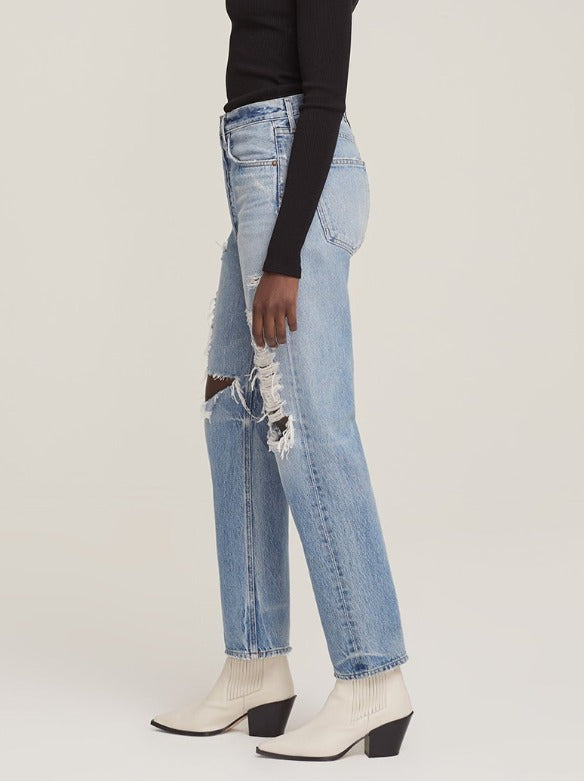 90's Mid Rise Loose Fit in Major