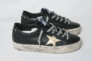 Hi Star | 2 Colors: Black + White