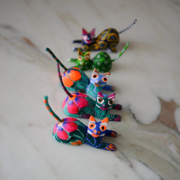 Oaxacan Alebrije Cat Mini Wood Carving Mexican Hand Painted - The Little Pueblo