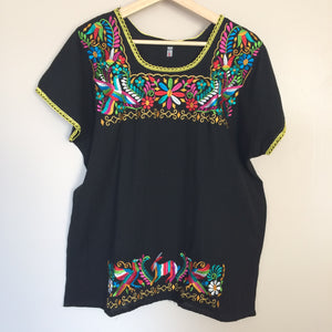 Mexican Black Colorful Embroidered Shirt - The Little Pueblo