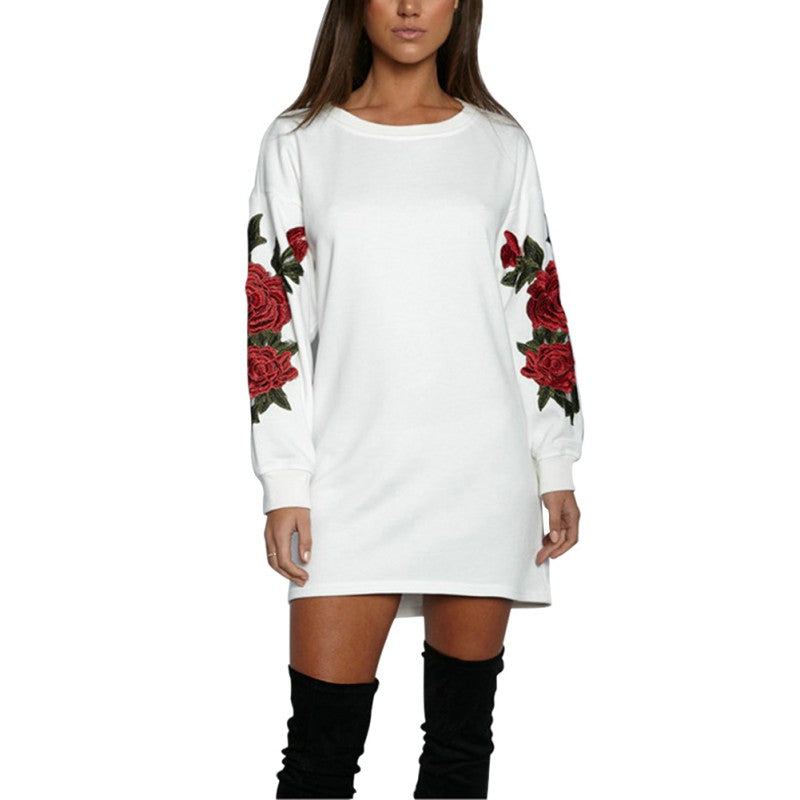 sweaterdress with embroided roses