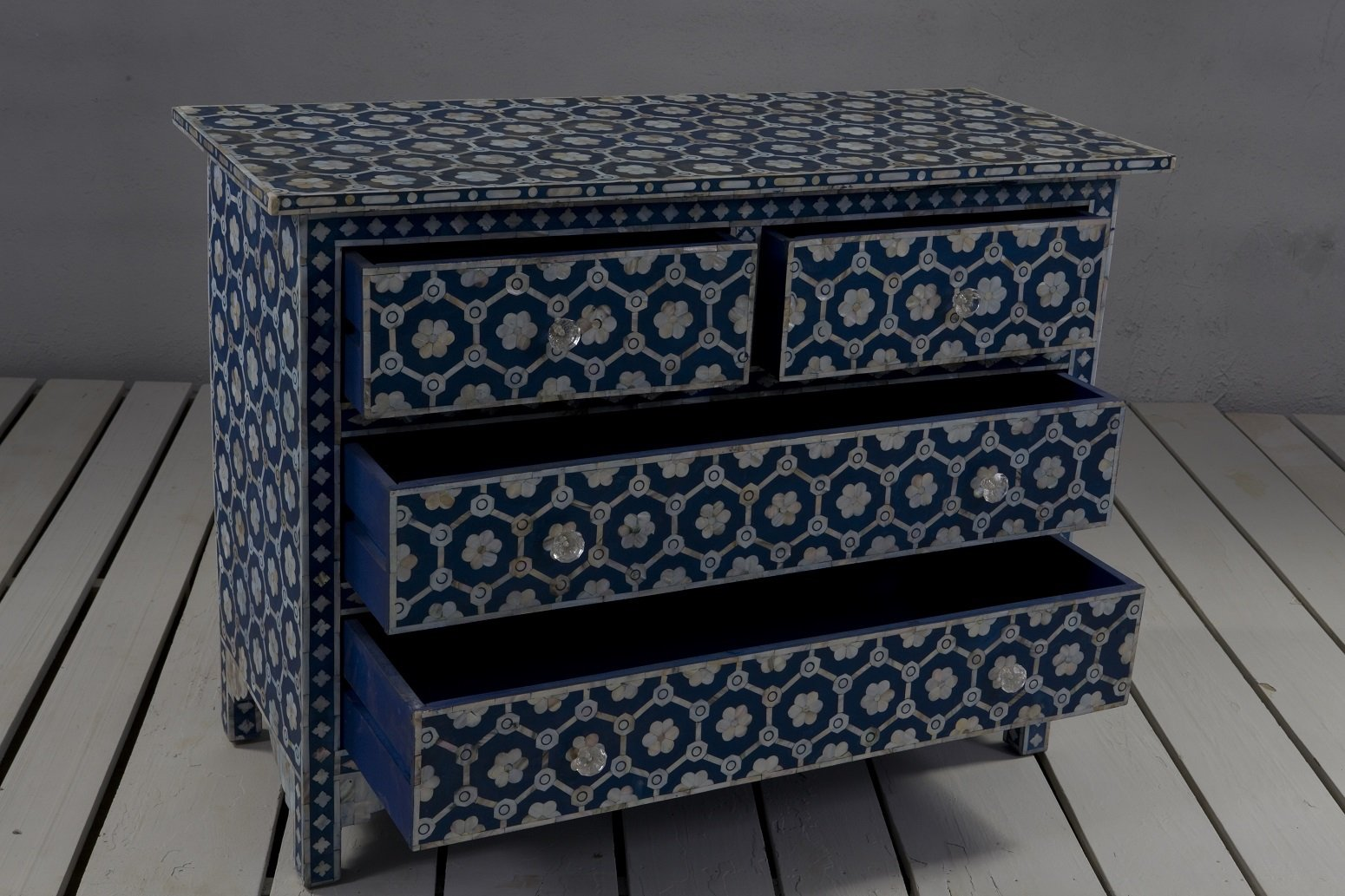 4 Drawer Mother of Pearl Storage Chest