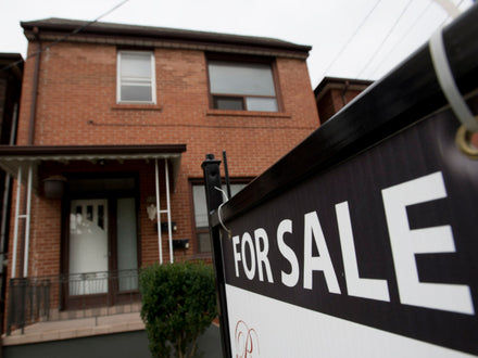 Mortgage stress test is helping fuel alternative lending boom, report warns.