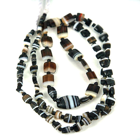 Very Old Suleiman Agate Bead Strand