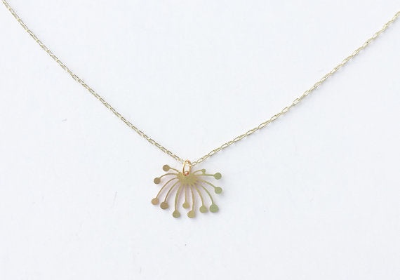 A Tea Leaf Jewelry - Dandelion Fluff Necklace | Brass