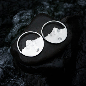 Sterling silver 10 gauge 10g Ear Weights for stretched ear lobes featuring silver mountains and a blue lake