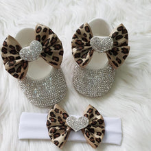 Load image into Gallery viewer, Crystal Heart Babydoll Shoes and Headband
