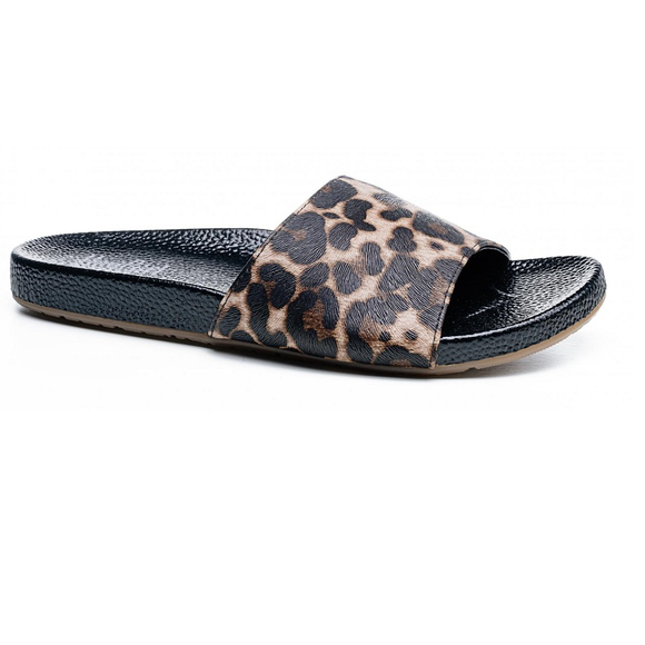 Hey Girl Backyard Leopard Slide Sandals