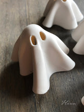 Clay ghost