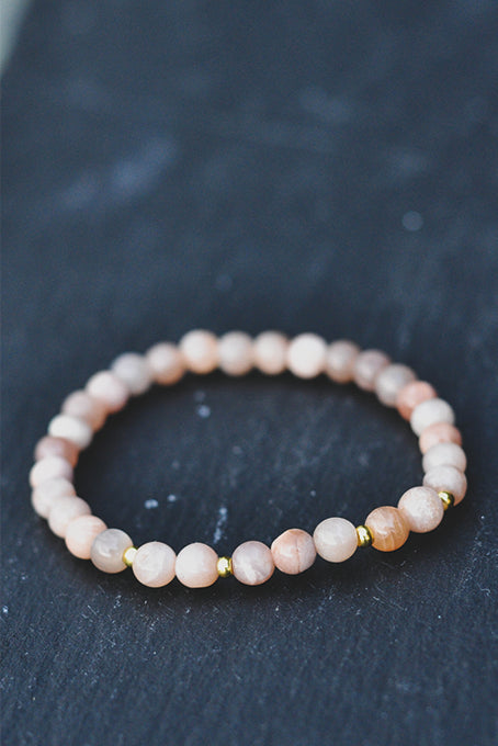 AURA by Holistic House - Fertility Gold armbånd