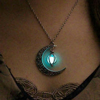 2018 Glow In the Dark Jewelry Silver Plated with Crescent Shaped Pendant Luminous Stone Beads Necklace for Women Gift
