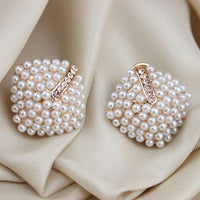 2018 New Fashion Jewelry Crystal Rhinestone Pearl Stud Earrings for Women Vintage Earrings Gifts For Women Lady Girls