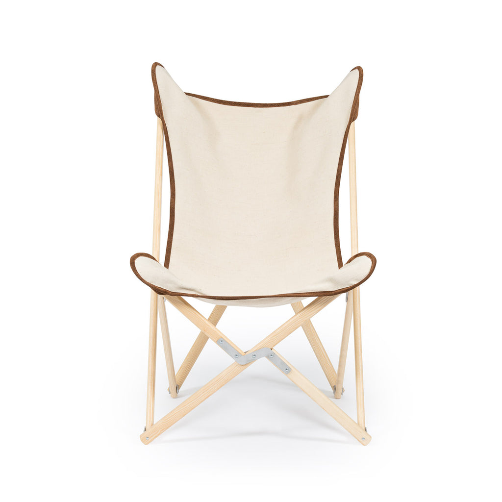 Telami Tripolina is a made in Italy design chair. Telami Tripolina is the original chair. Tripolina Ecru and suede is the iconic armchair, the design legend folding chair and patio chair for outdoor furniture