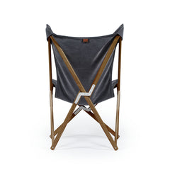 Telami Tripolina chair is the timeless folding chair, like butterfly, the iconic outdoor furniture. Relax on your sofa or on your jeans Tripolina.