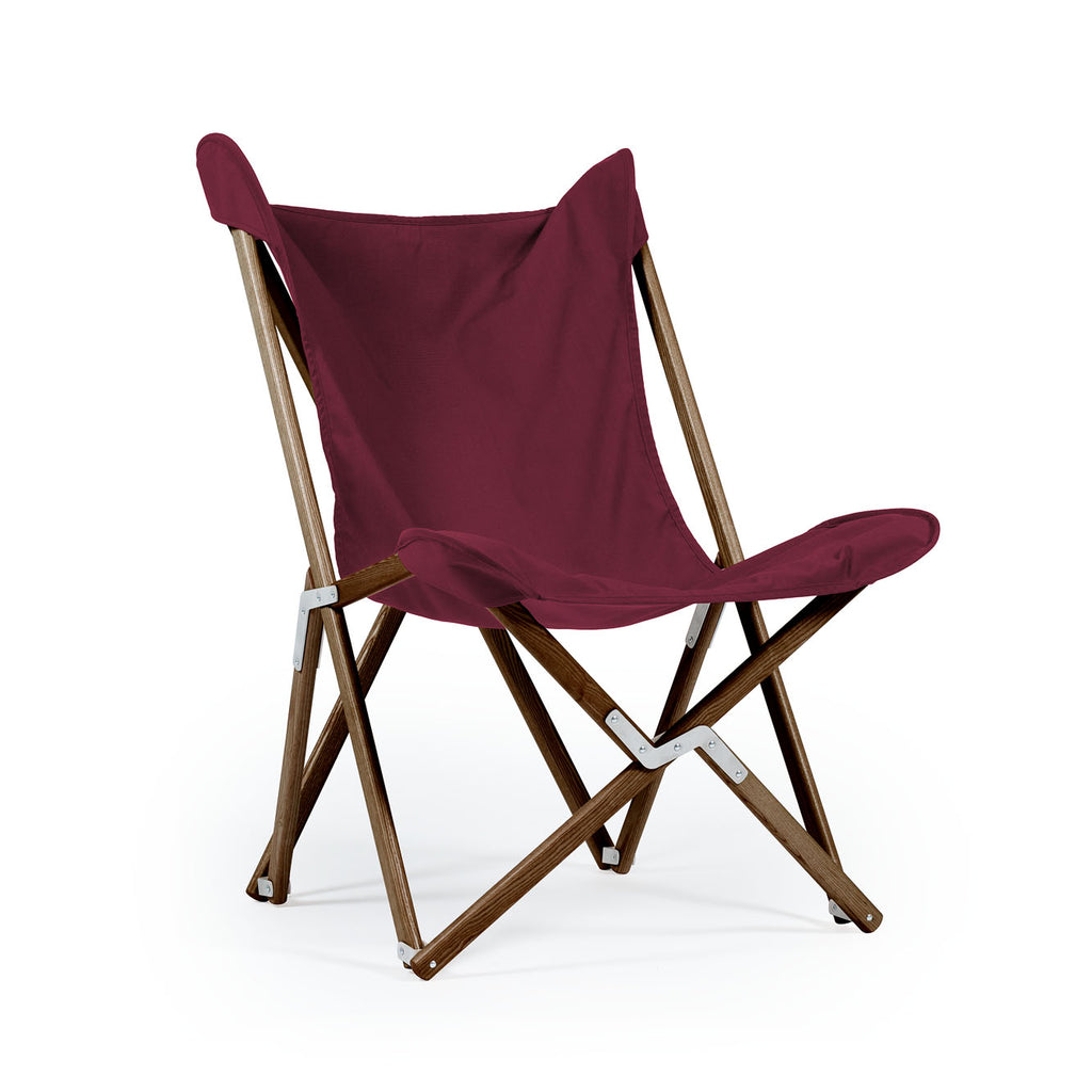 Telami Tripolina is a made in Italy design chair. Tripolina is an iconic armchair suitable for both outdoor furniture, as patio chairs, and indoor, as chaise lounge. Discover the Italian brand Telami