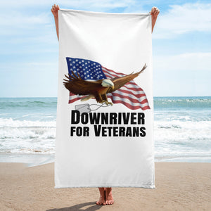 Downriver For Veterans Beach Towel