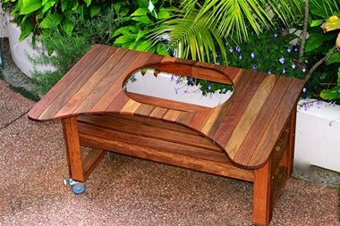PRIMO SPOTTED GUM TABLE | BBQs NZ | Primo Grills NZ | Charcoal | Outdoor Concepts