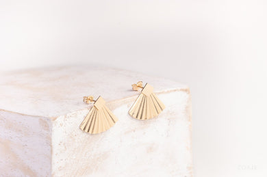 ZOAJE | CHINA STUDS SQUARE EARRINGS | EYGF1221
