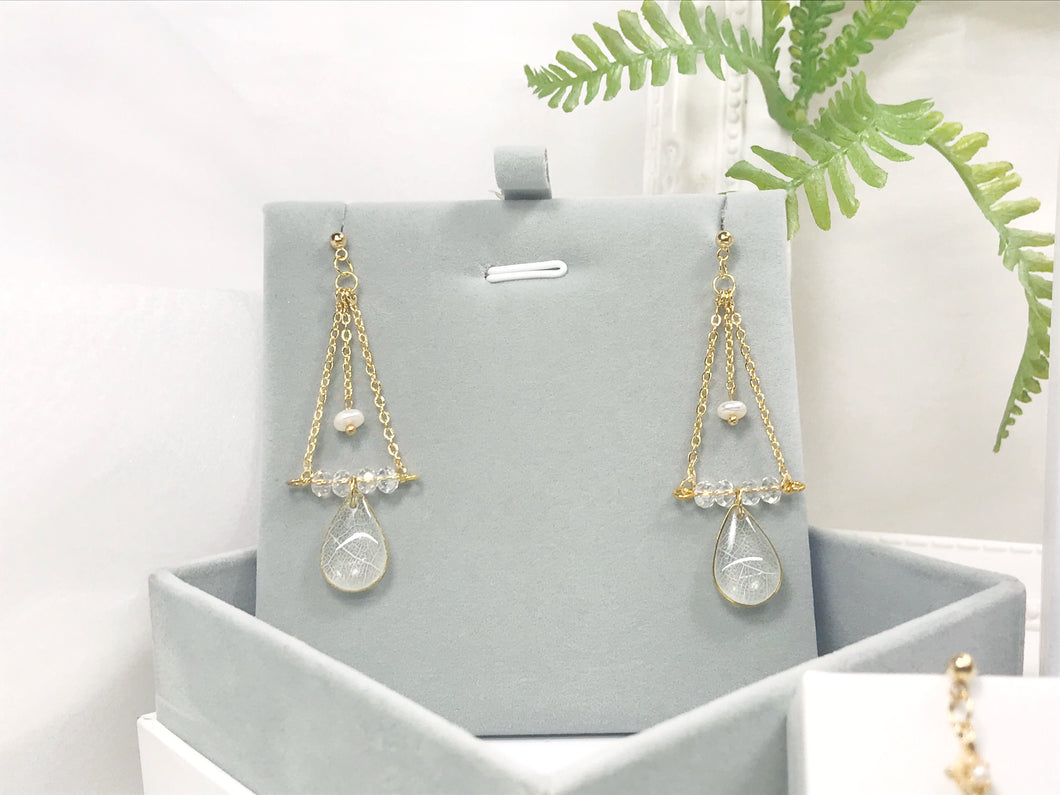HEI THERE | FOREST FAIRY EARRINGS (WHITE) | H495