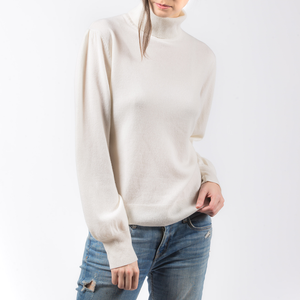 PRIMEE | TURTLE NECK TOP ( IVORY ) SIZE M | MEE18033