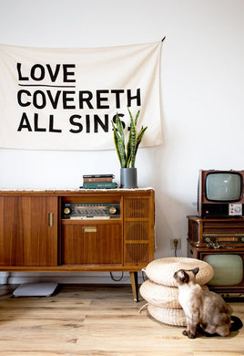 VM | Wall Deco LOVE COVER ALL SINS