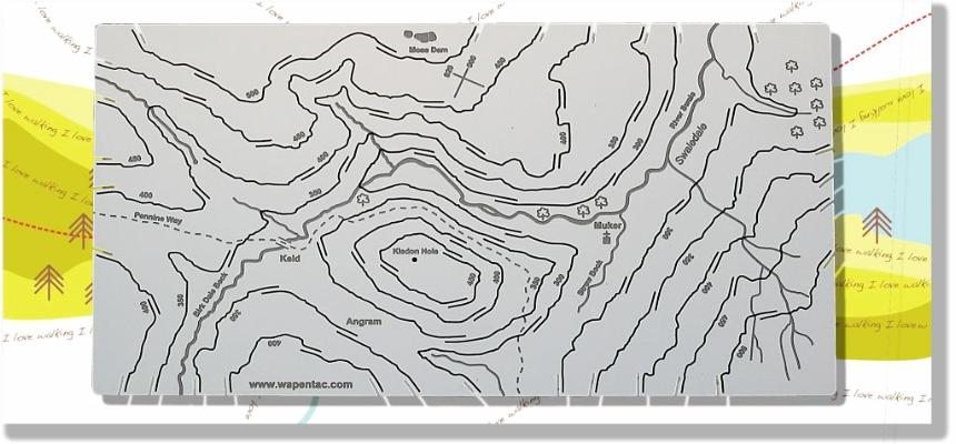 Swaledale and Muker Wapenmap stainless steel contoured map features the Pennine Way, Keld, Kisdon Hole, Moss Dam, Birk Dale Beck, Straw Beck, Angram and Muker.