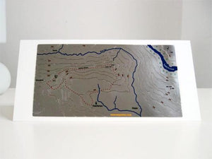 Mam Tor and Lose Hill Wapenmap stainless steel contoured The Great Ridge map - Hollins Cross, Castleton, Hope, Edale, Win Hill, Ladybower Reservoir, River Noe.