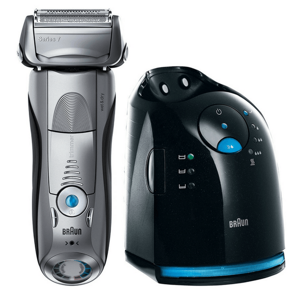 Series 7 7899cc Wet & Dry shaver with Clean & Charge station and travel pouch, silver.