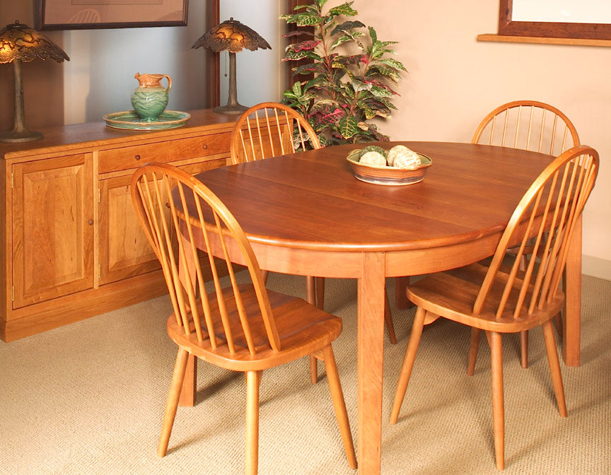 Oval 4-Leg Dining Table