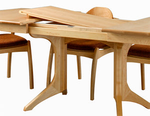 Middleburg Table and Linnaea Chairs in Maple