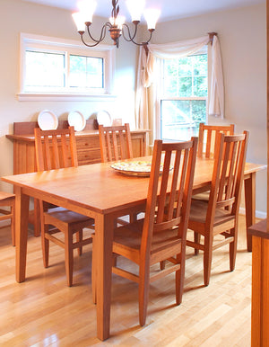 Large Shaker Table and Hampton Chairs in Natural Cherry