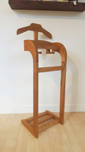 Wardrobe Valet Stand, Clothes Valet, Men's Valet, Gentlemen's Suit Stand in assorted solid wood Made in America, order online