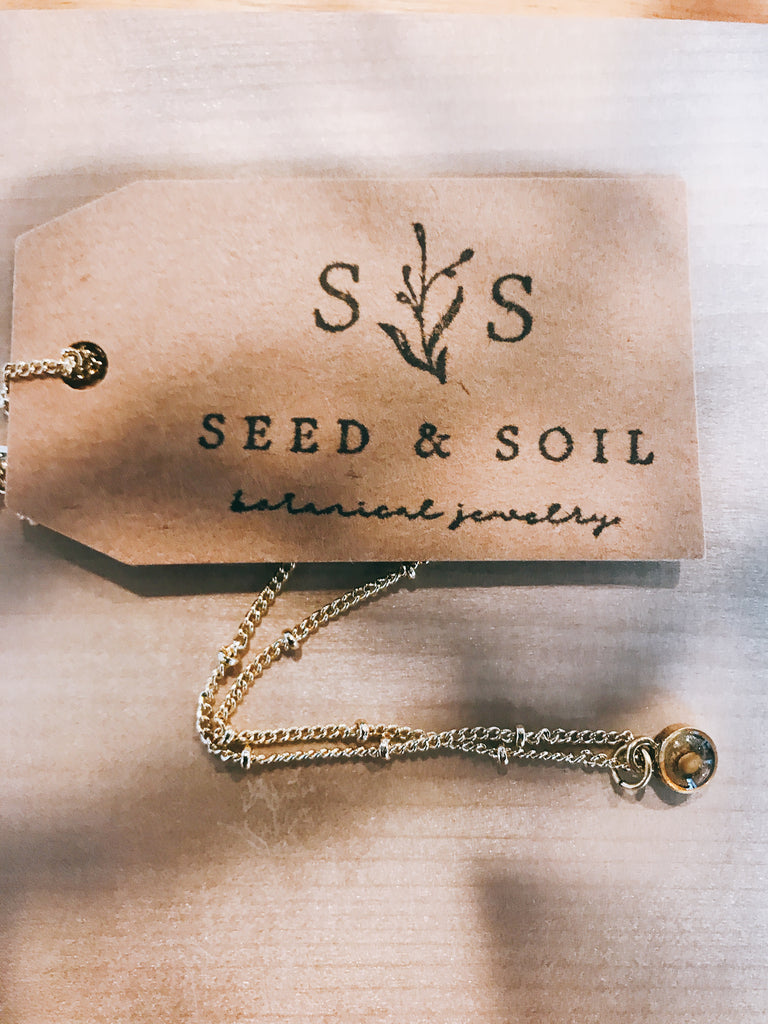seed&soil Tiny mustard seed necklace