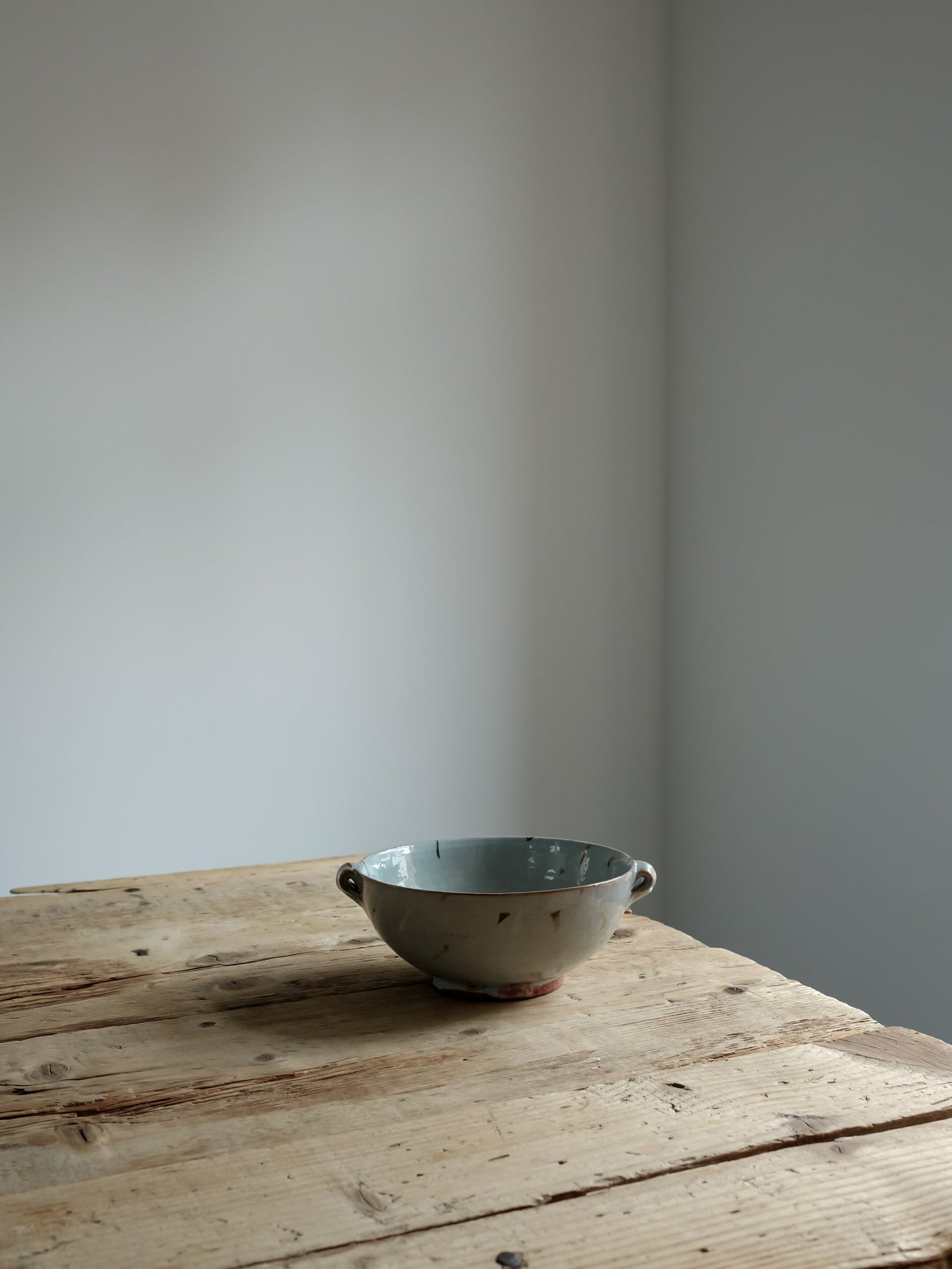 medium lugged bowl