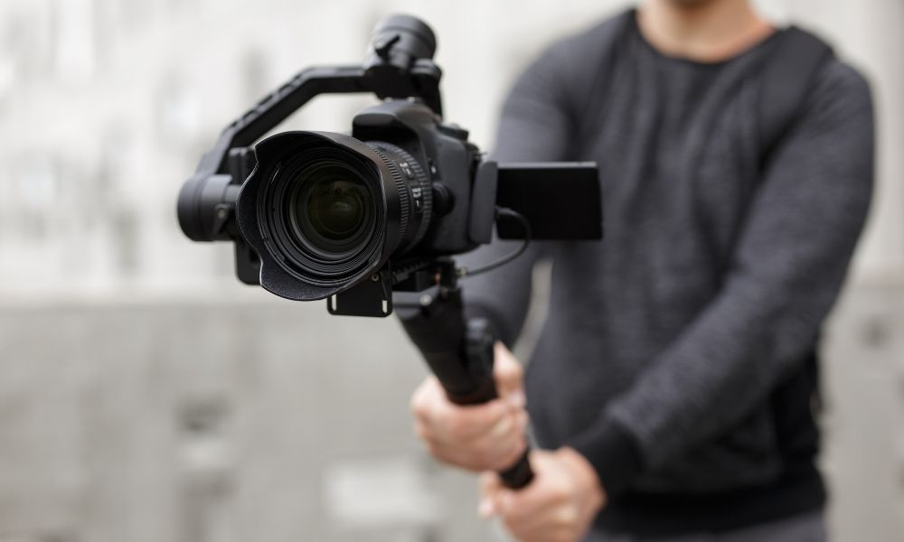 Reasons To Invest in a Camera Stabilizer