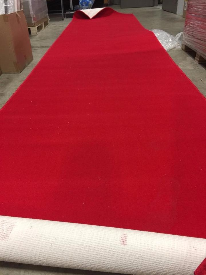 4x10 Red carpet for rent