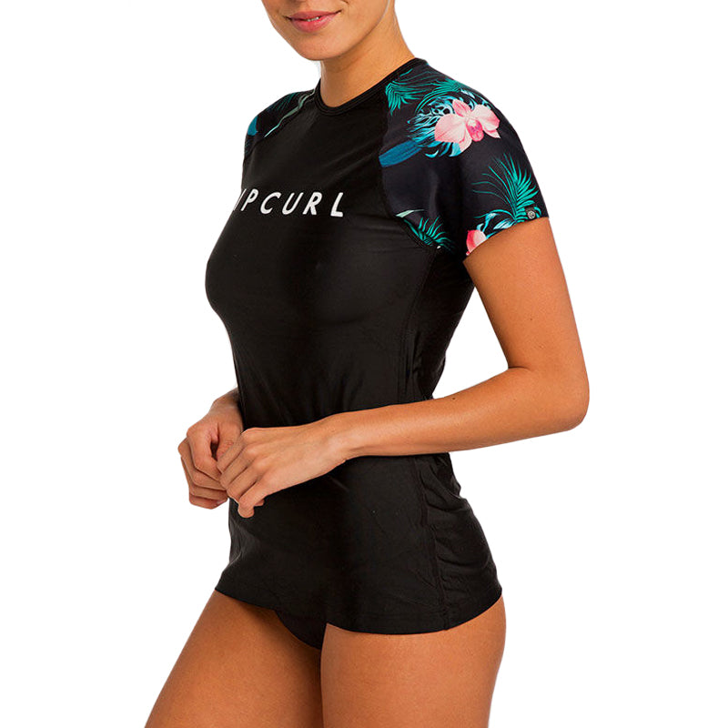 Rip Curl Women's Cloud Break Relaxed Short Sleeve Rashguard FA19