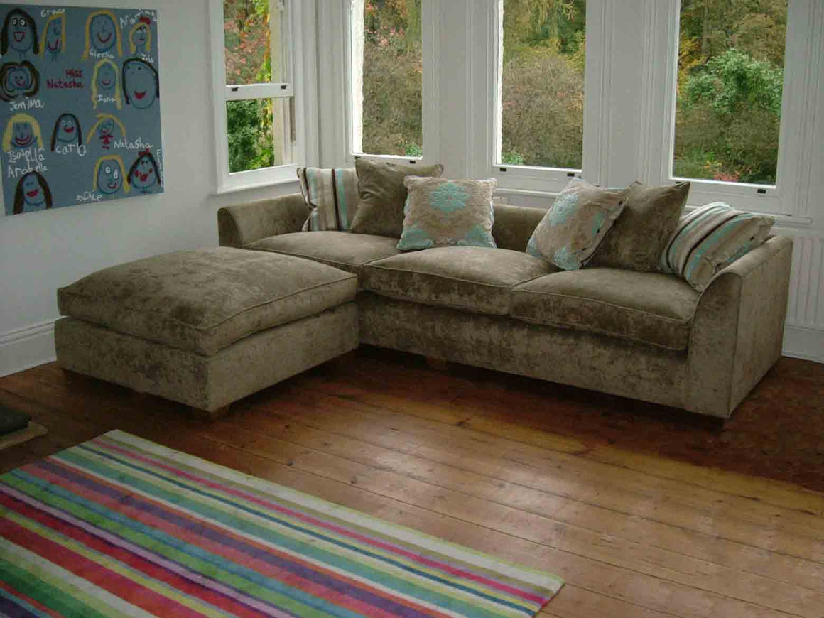 Sussex Scatter Back Sofas with Run Up