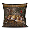 Singeries scatter cushion