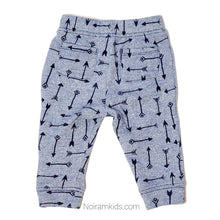 Load image into Gallery viewer, Gymboree Boys Arrow Print Sweatpants Used View 2