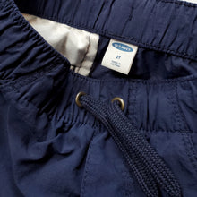 Load image into Gallery viewer, Old Navy Boys Navy Blue Cargo Shorts 2T Used View 4