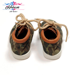 Childrens Place Camo Boys Sneakers Size 4 Used View 3