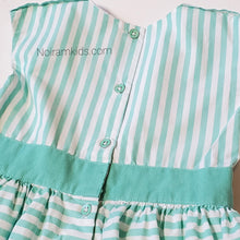 Load image into Gallery viewer, Carters Girls Green White Striped Dress 4T Used View 5