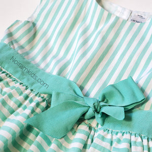 Carters Girls Green White Striped Dress 4T Used View 2