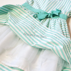 Carters Girls Green White Striped Dress 4T Used View 3