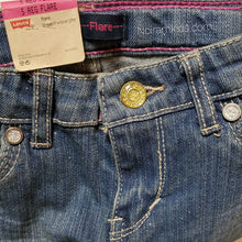 Load image into Gallery viewer, Levis Glitter Flare Girls Jeans Size 5R NWT View 4