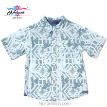 Load image into Gallery viewer, Levis Blue Patterned Boys Button Down Shirt 2T Used View 1