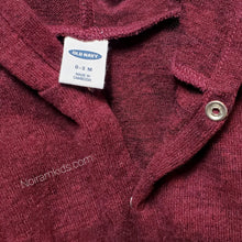 Load image into Gallery viewer, Old Navy Maroon Baby Boys Hoodie Used View 3