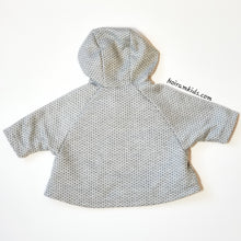 Load image into Gallery viewer, Max Studio Baby Girls Poncho Sweater Grey Used View 4