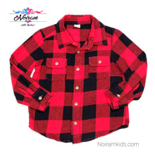 Load image into Gallery viewer, Old Navy Buffalo Plaid Flannel Boys Shirt 3T Used View 1